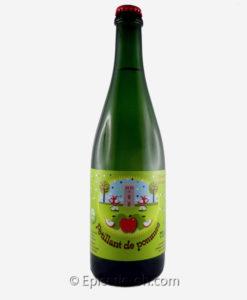 Ce jus de pomme pétillant de fabrication artisanale est un pur jus de pomme !